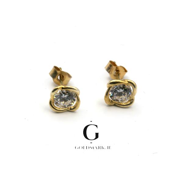 Nine carat gold cubic zirconia earrings