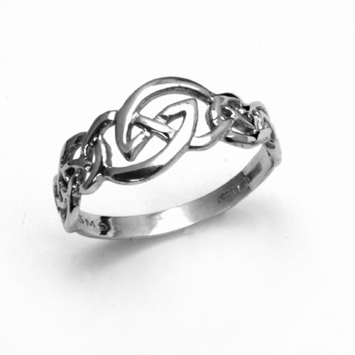 Orlaith sterling silver Celtic knotwork ring