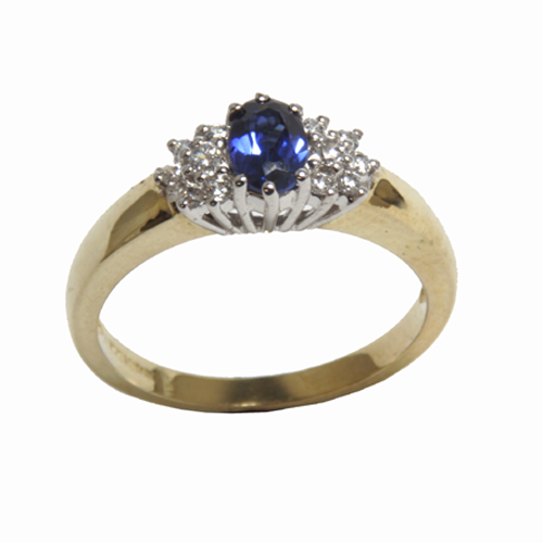 Nine carat yellow gold sapphire and cubic dress ring