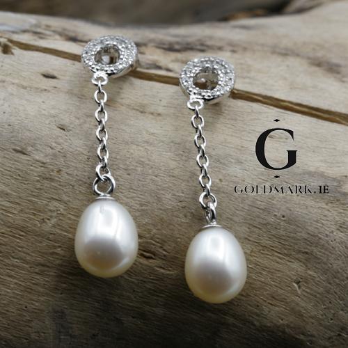 Sterling silver drop pearl earrings