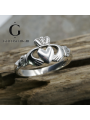 Traditional ladies silver claddagh ring
