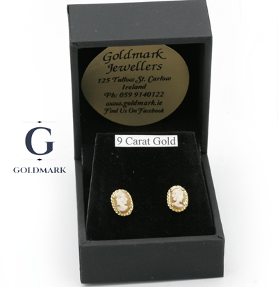 Cameo earrings in box