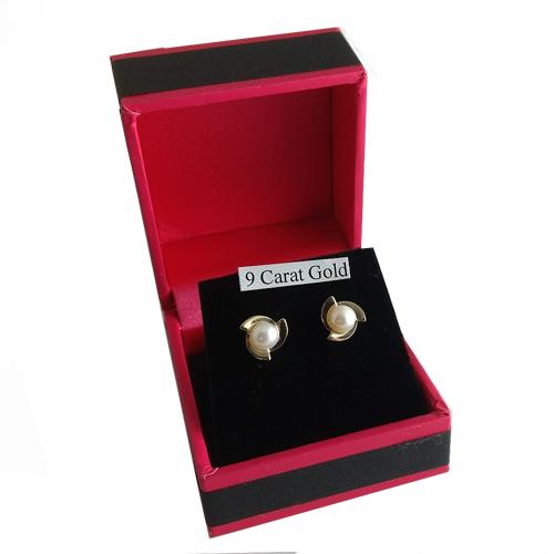 pearl earrings in box